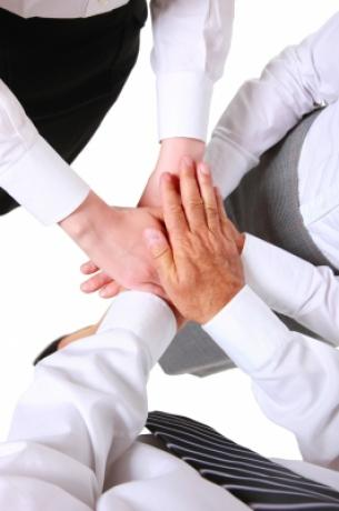"""Descárgate la Cápsula completa """"5 pasos claves para incorporar talento en tu empresa"""""""