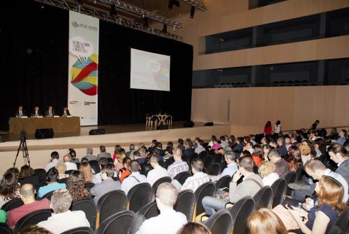 Asistentes al plenario enrédate 2014