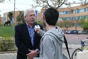 Entrevista a Salvador Gil Gironés (DPECV) en el Campus Universitario de Castellón