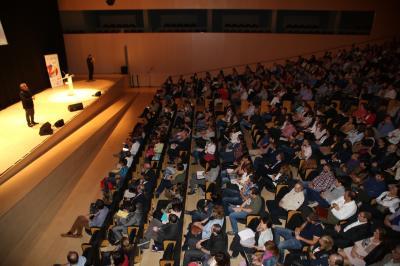 Enrédate une a los empresarios de Castellón para hacer frente al futuro