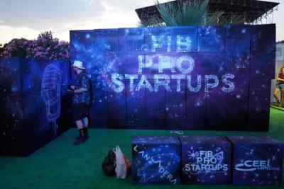 Los finalistas de FIB Pro Startups hacen networking en el Festival